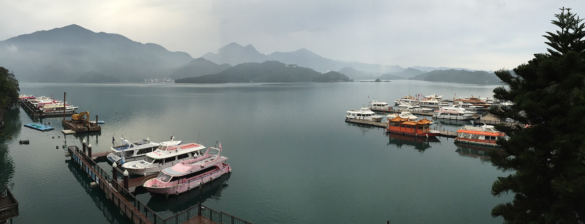 mountain and lake background nature view in taiwan